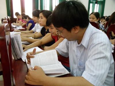 """Tiếp tục sáng tác, quảng bá các tác phẩm văn học, nghệ thuật, báo chí về chủ đề """"Học tập và làm theo tấm gương đạo đức Hồ Chí Minh"""""""