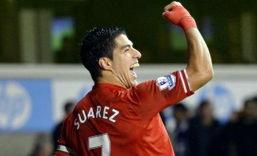Suarez kí hợp đồng với Liverpool đến năm 2018