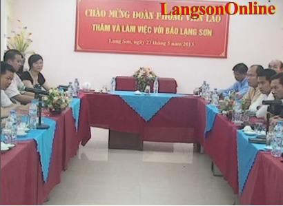 Báo Lạng  Sơn: Tiếp và làm việc với Đoàn báo chí Lào