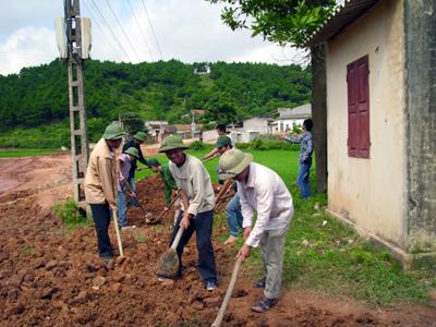 LLVT quân sự tỉnh đẩy mạnh phong trào thi đua xây dựng nông thôn mới
