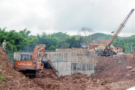 Xây dựng nông thôn mới: Quyết tâm ở huyện nghèo