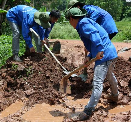 Xây dựng nông thôn mới: Qua nửa chặng đường 2013