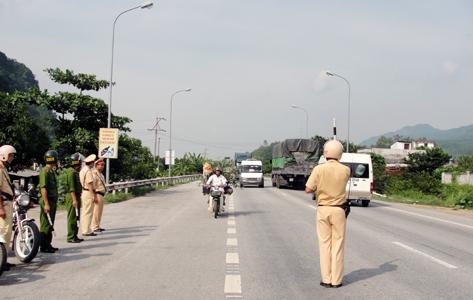 Tăng cường lực lượng cảnh sát khác đảm bảo ATGT: Hiệu quả trên tuyến Quốc lộ 1A