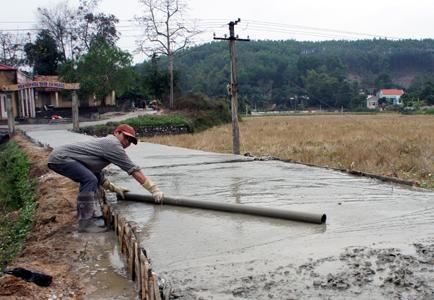 Xây dựng đường giao thông nông thôn: Nỗ lực của Hữu Lũng