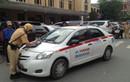 Xử lý gần 2.300 xe taxi các tỉnh đang hoạt động chui ở Hà Nội