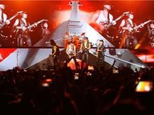 """Scorpions """"đốt cháy"""" hơn 10.000 khán giả trong đêm cuối Monsoon"""