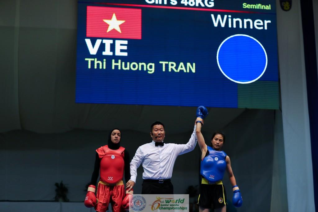 """Wushu Việt Nam """"hái"""" vàng ở Bulgaria"""