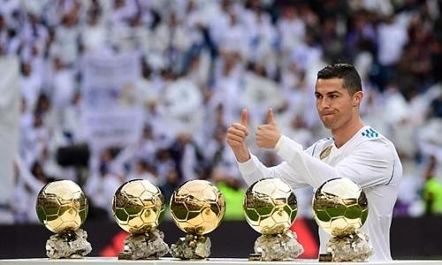 Ronaldo thành cầu thủ đầu tiên ghi hơn 50 bàn mỗi năm trong bảy năm liên tiếp