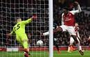 Arsenal và Man City tiến bước vào bán kết League Cup