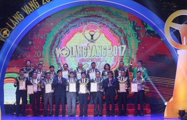 """18 tập thể và 46 lái xe được trao giải thưởng """"Vô lăng vàng"""""""