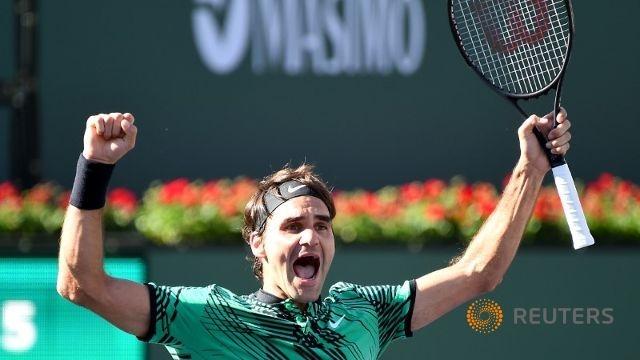 """Federer hạ Wawrinka trong trận chung kết """"toàn Thụy Sĩ"""""""