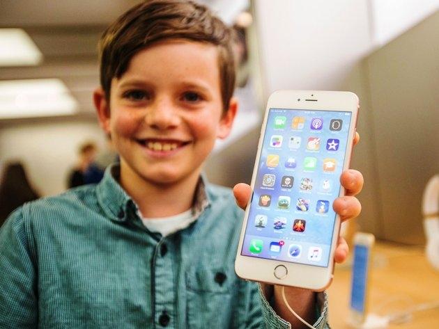 Apple tăng các tính năng, ngăn chặn nạn nghiện di động ở trẻ em
