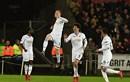 Van Dijk mắc lỗi, Liverpool thua sốc Swansea