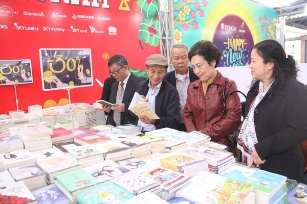 Tổng số sách bán ra tại Phố sách Xuân Mậu Tuất đạt trên 80.000 bản