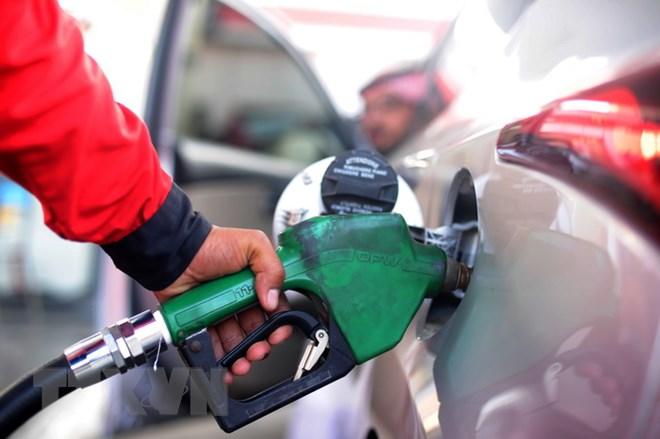 Giá dầu thế giới giảm hơn 2% do sản lượng khai thác dầu mỏ tăng