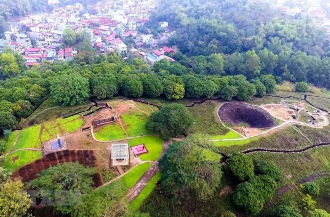 Bảo tồn quần thể di tích Điện Biên Phủ gắn với phát triển du lịch