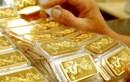 Giá vàng giảm nhẹ theo đà giảm của giá vàng thế giới