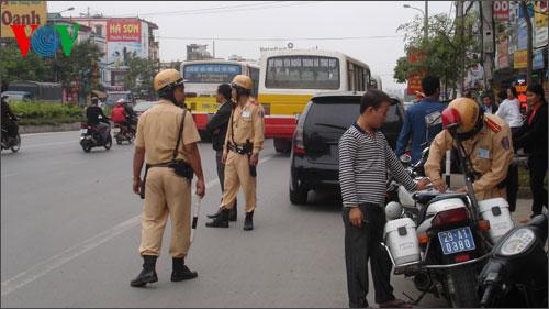 Hà Nội quyết đảm bảo tuyệt đối an toàn giao thông dịp Tết