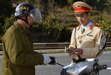 ATGT dịp Tết Nguyên đán: Ngừa tai nạn từ xa