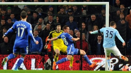 Đá bại Chelsea 2-0, Manchester City vào tứ kết
