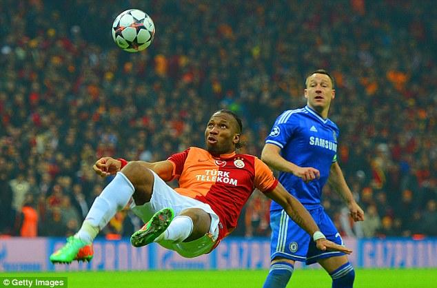 Drogba xúc động mạnh khi trở về Chelsea