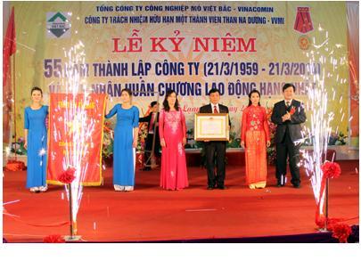 Kỷ niệm 55 năm thành lập và đón nhận Huân chương Lao động hạng Nhất