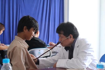 Phú Yên: Hơn 400 trẻ em mắc bệnh tim được khám miễn phí