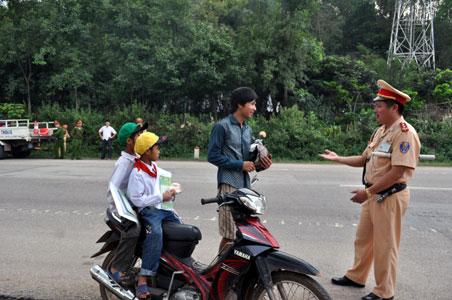 Tăng cường các biện pháp giảm tai nạn mô tô, xe gắn máy