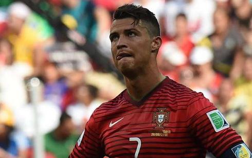 Ronaldo bị loại bỏ khỏi ĐT Bồ Đào Nha