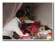 Cô bé nghèo mắc bệnh hiểm nghèo cần sự giúp đỡ