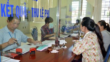 Chứng thực chữ ký: Thuận cho dân, chặt quản lý