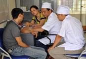 cong-tac-phong-chong-hiv-aids-tang-cuong-nguon-luc-dia-phuong-va-tu-nguoi-dan