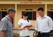 nha-van-hoa-thon-ban-chong-chenh-con-duong-dat-chuan