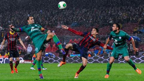 Thổi bay Levante, Barca hiên ngang bước vào Bán kết