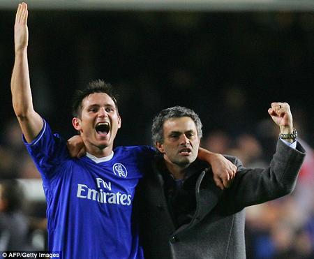 Lampard ủng hộ Mourinho trở lại Chelsea để cứu vãn tương lai