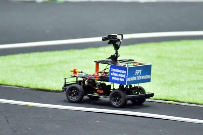 Sinh viên Đại học Công nghệ dành quán quân lập trình xe tự hành