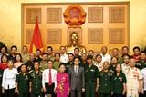 Phó Thủ tướng Vũ Đức Đam tiếp đoàn người có công tỉnh Nghệ An