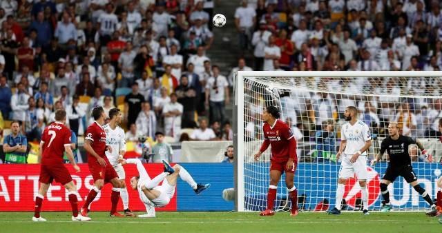Real Madrid đoạt cúp Champions League lần thứ ba liên tiếp