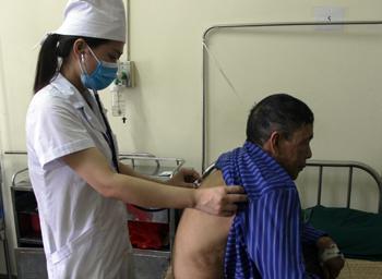 Ngành y tế quan tâm chăm sóc sức khỏe người cao tuổi
