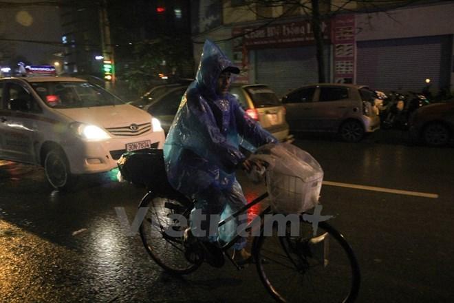 Khu vực Hà Nội sẽ có mưa rào và dông trong 3 đêm sắp tới