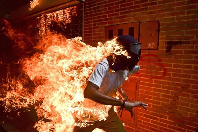 Trưng bày 130 tác phẩm xuất sắc cuộc thi ảnh báo chí thế giới ở Hà Nội