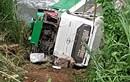Xe khách chở 42 người lao xuống vực đèo Lò Xo trong đêm, 3 người chết
