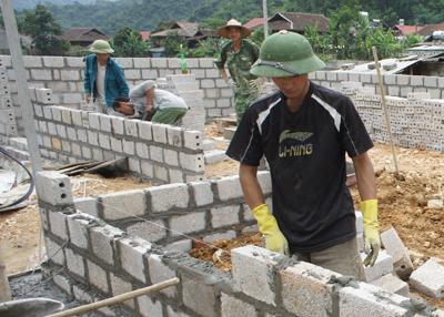 Xây dựng nông thôn mới: Bình Gia dồn lực xã điểm