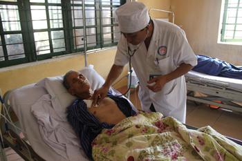 Cải tiến kỹ thuật mở đường thở thứ 2, gây dính màng phổi: Nâng cao chất lượng chăm sóc bệnh nhân