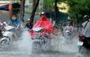 Thời tiết hôm nay: Áp thấp trên Vịnh Bắc bộ, Hà Nội mưa to 3 ngày liên tiếp