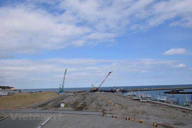 Nhật Bản mở lại các bãi biển bị ảnh hưởng bởi thảm họa sóng thần