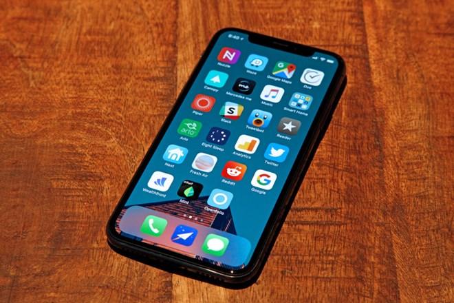 Công ty Trung Quốc muốn cạnh tranh Samsung để cấp màn hình cho iPhone