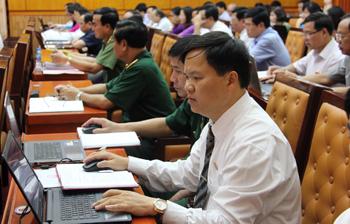 Ứng dụng công nghệ thông tin trong tổ chức kỳ họp HĐND: Thiết thực và hiệu quả