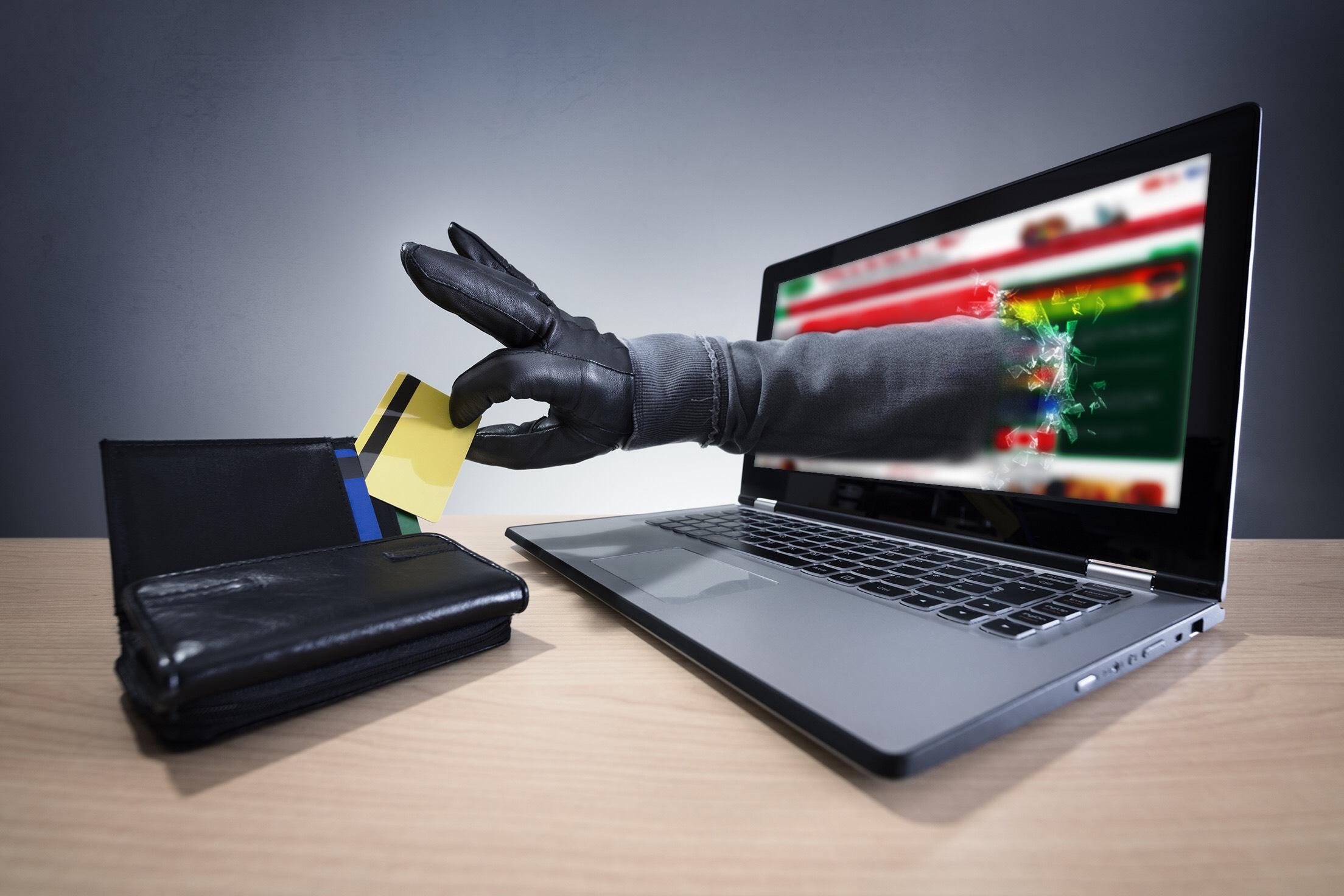 Hơn nửa triệu máy tính bị phần mềm gián điệp theo dõi