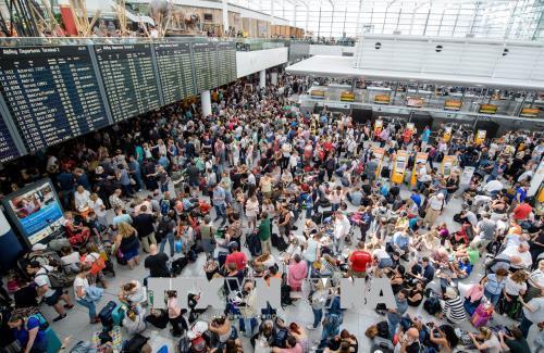 Đức: Sân bay Munich hủy hơn 200 chuyến bay do có người lạ xâm nhập